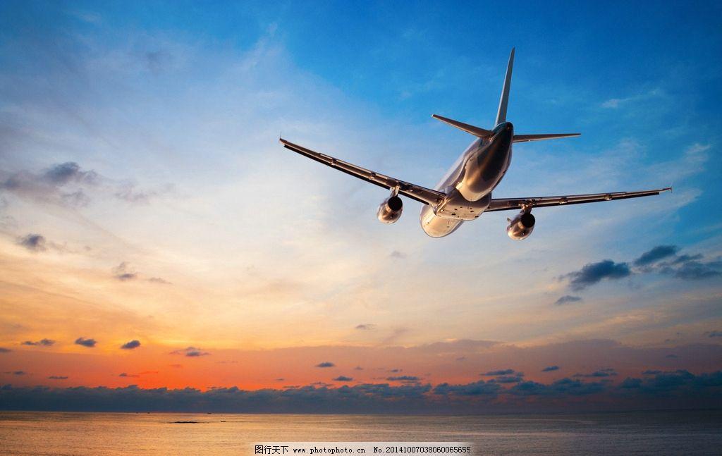 飞机 蓝天 白云 航班 客机 波音 专机 支线飞机 喷气式飞机 交通工具