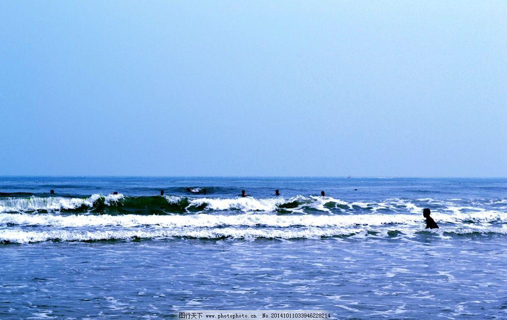 海浪 青岛 海滩 沙雕 男人 老人石 旅游摄影 国内旅游