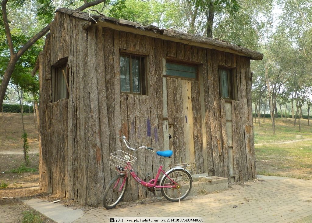 自行车 小木屋 木屋 小房子 木房子 摄 影 摄影 自然景观 自然风景