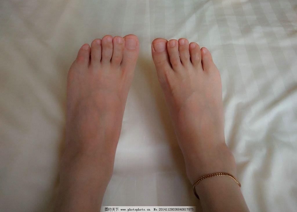 美女砍头剁脚图_剁女生脚_剁脚_剁下来的人脚图片_剁下来的美女脚 - www.yyxx5.com