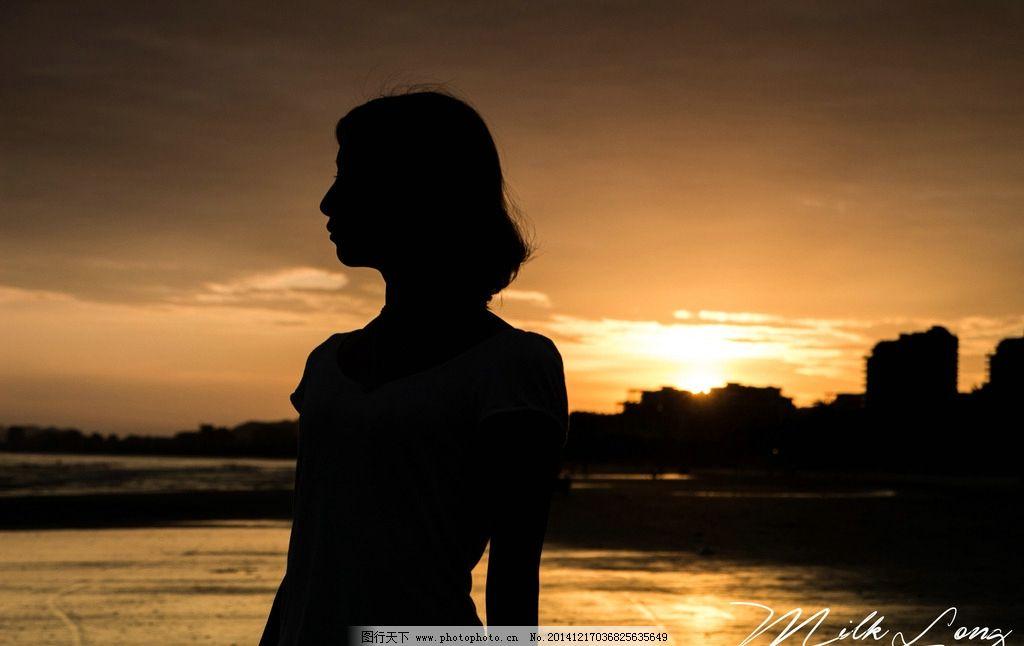 唯美 清新 夕阳 美女 女生 女孩 剪影 落日 日落 黄昏 傍晚 浪漫 摄